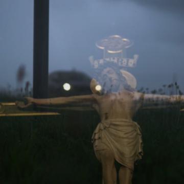 Schermafbeelding video 'Een bizarre nachtelijke autorit'