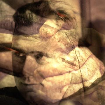 Schermafbeelding video 'Mijn vaders grote handen'