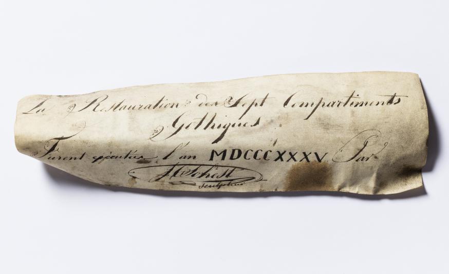 Het verborgen stukje perkament uit 1835 getekend door Sohest © KIK-IRPA