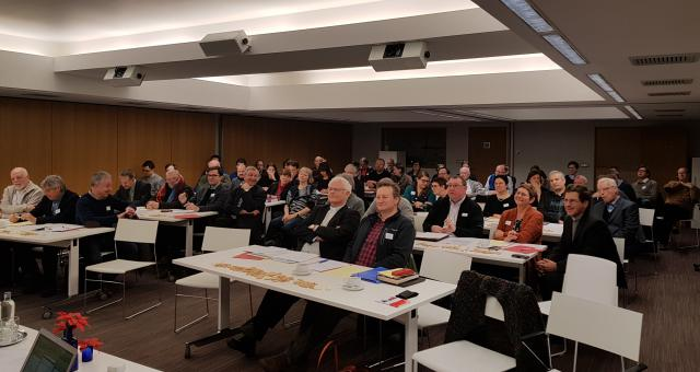De leden van het IPB-forum kregen zaterdag als eerste de conclusies te horen van de enquête die in het vooruitzicht van de bisschoppensynode over jongeren en geloof in ons land werd gehouden © IPID