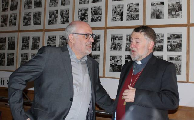 Tooon Osaer, directeur van Halewijn NV, en mgr. Jean Kockerols, hulpbisschop voor Brussel © Voem