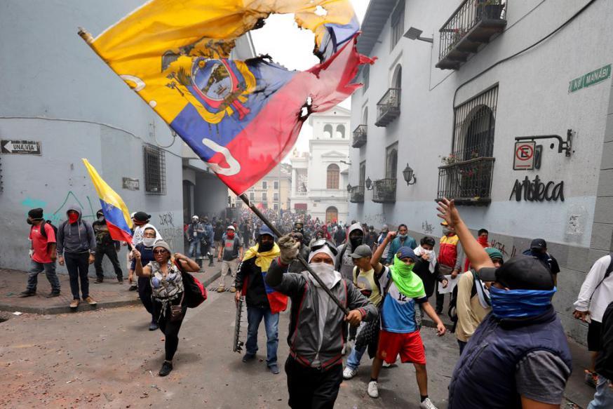 In haar column in Tertio laat journalist Alma De Walsche haar licht schijnen over de golf van protest die Latijns-Amerika de laatste weken overspoelt © RR
