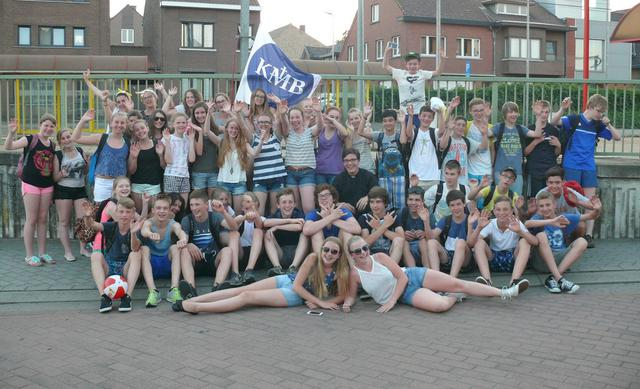 KMB is met een grote groep