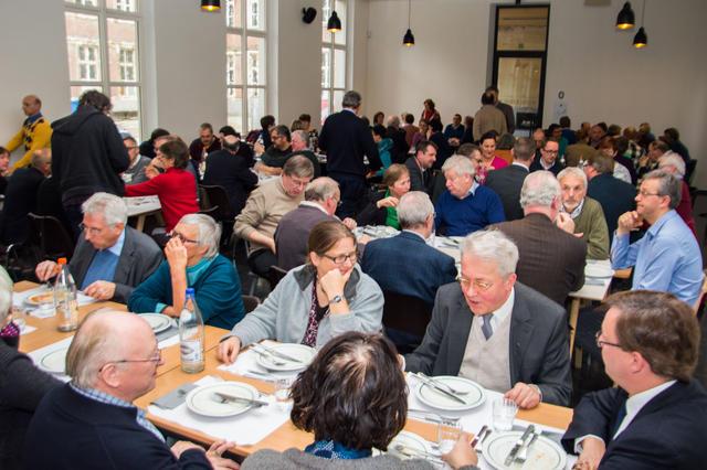 Samen tafelen © Bisdom Gent, foto: Karel Van de Voorde