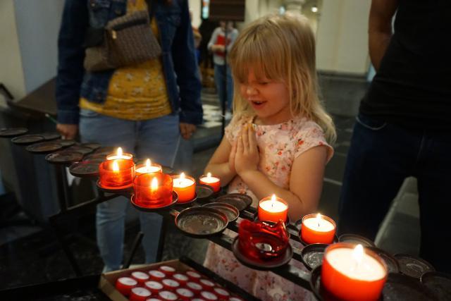 kerkentocht © parochie Onze-Lieve-Vrouw Lichtaart