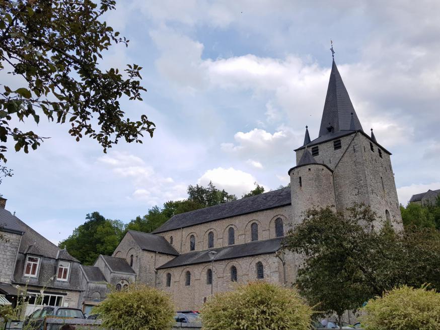 'De Franse priester Hadelin was de leraar van de 9-jarige koning Siegbert en stichtte samen met Remaclus de abdij van Stavelot.' © Kolet Janssen