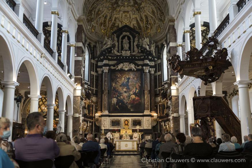 Eucharistieviering 400 jaar kerkwijding © Christian Clauwers