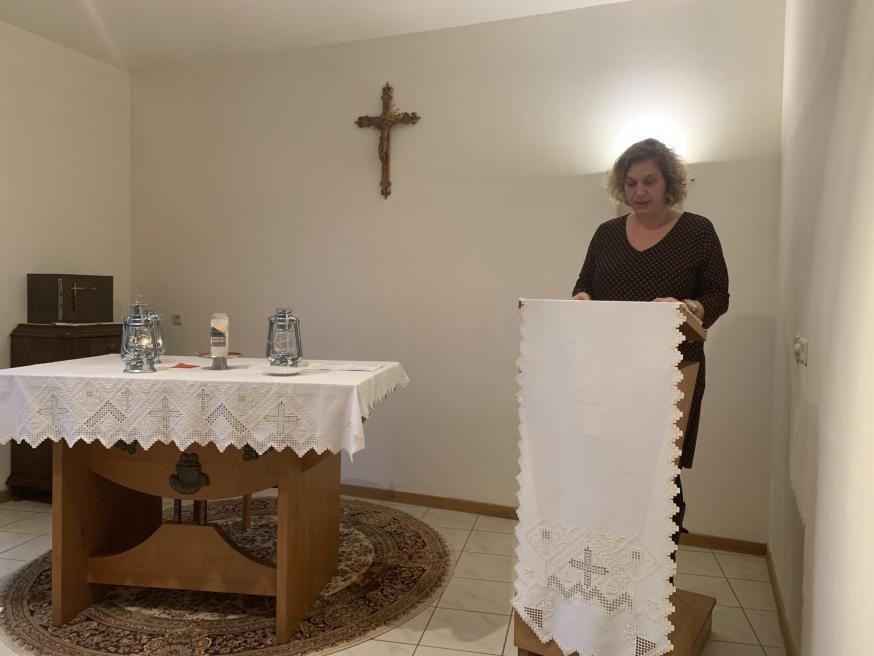 Schriftlezing bij overdracht Licht van Betlehem © bisdom Antwerpen