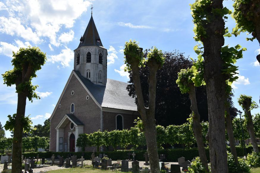 Onze-Lieve-Vrouwekerk Kaprijke © Wikipedia