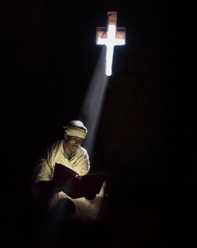 Zich regelmatig laten raken door het Woord van de Heer is een opdracht voor elke christen.