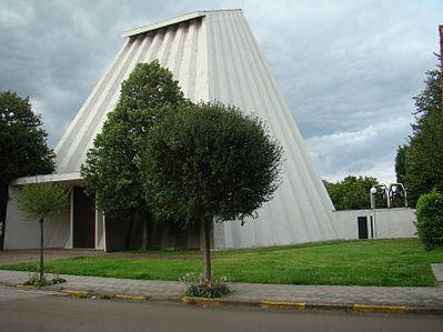 De Sint-Ritakerk in Harelbeke © RR