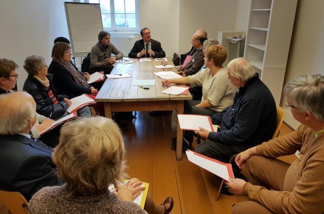 De gespreksgroep rond het thema 'Performances en concerten in de kerk' © GL