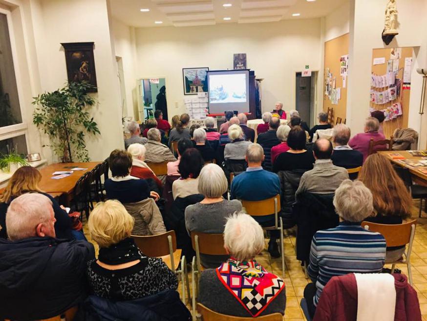 Vastenconferentie in Jette met dr. Ilse Kerremans © Dirk Vannetelbosch