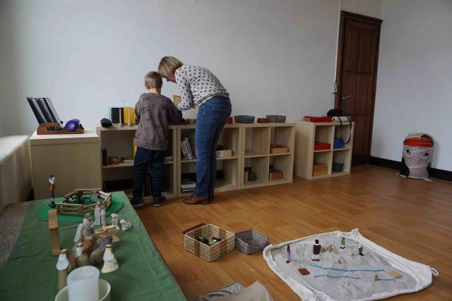 An Mollemans aan het werk in de Godly Play ruimte © An Mollemans