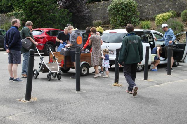 Aankomst gezinnen © CCV in het Bisdom Gent, foto: Gezinvolgeloven