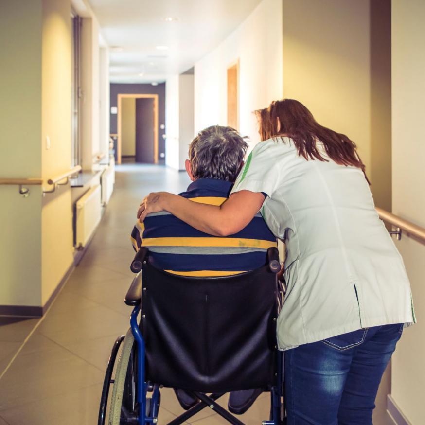 """""""Ik bewonder de veerkracht van ouderen"""" © Bisdom Gent, foto: Daina De Saedeleer"""