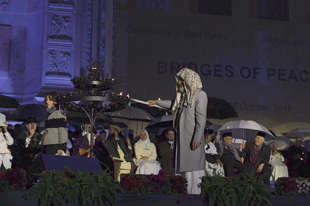Beeld van de slotceremonie op de Piazza Maggiore in Bologna © Sant'Egidio