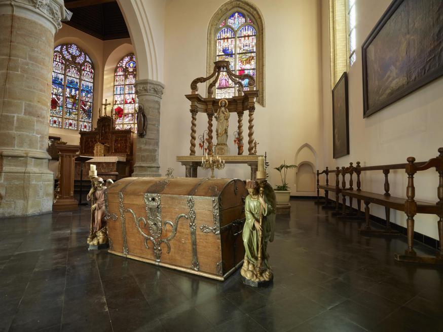 interieur van de kerk