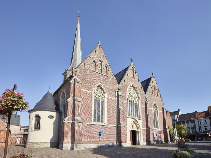 buitenzicht Sint-Pieterskerk