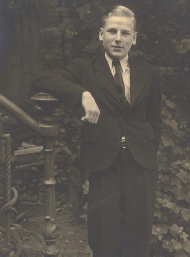 Charles Deckers in 1941, bijna 18 jaar oud. © Familiearchief Charles Deckers