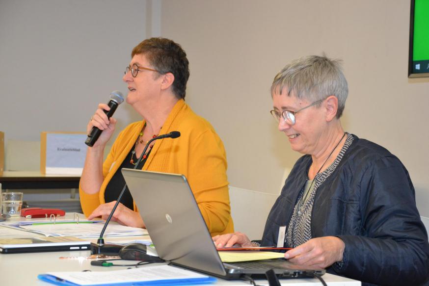 Voorzitter Christa Damen en coördinator zr. Carine Devogelaere van het IPB © Jeroen Moens