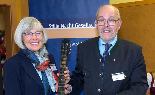 Christa Pritz en haar voorganger Michael Neureiter © Stille Nachtvereniging