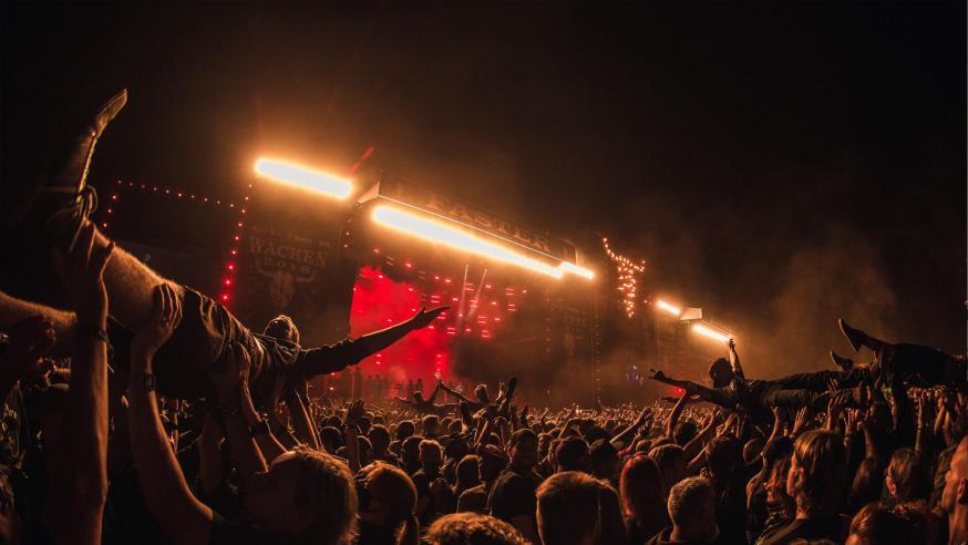 Crowdsurfer © Wacken Open Air