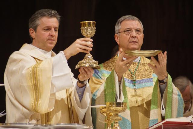 Bisschop Johan Bonny en diaken Pieter Wieërs © Ignace de Corswarem