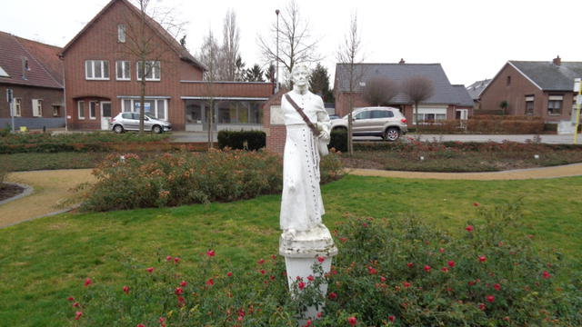 - Kerk Vroenhof 1B, Geistingen