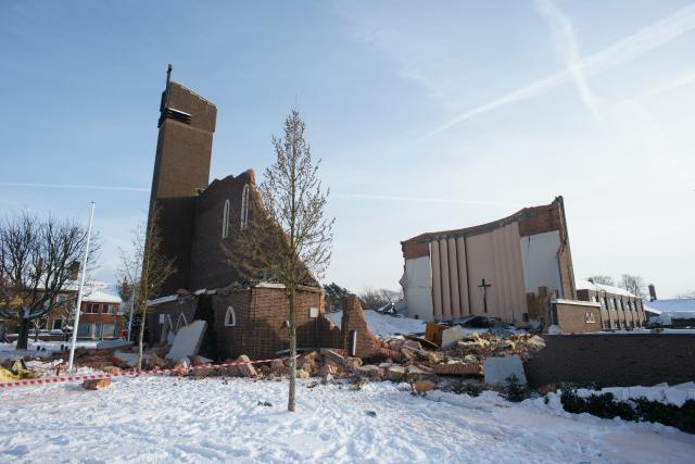De kerk stortte in tijdens de kerstnacht van 2010. © Jan Deckers