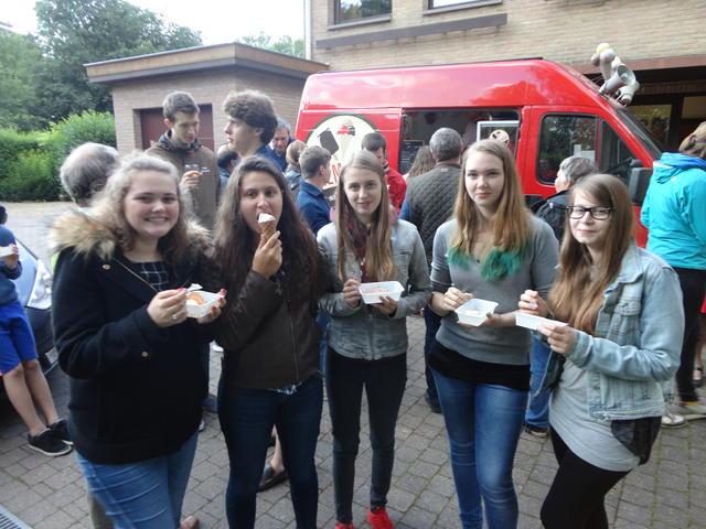 ijsjes op het vriendenfeest