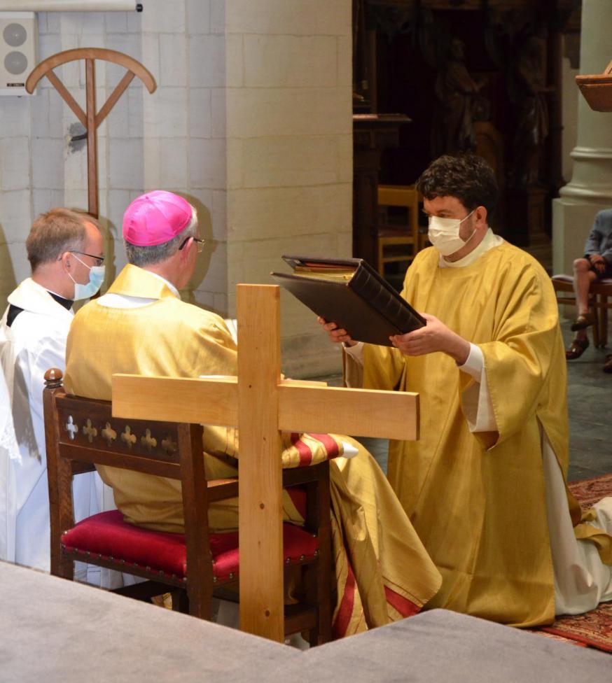 Wijding Jan Van Achter tot diaken in voorbereiding op het priesterschap © Bruno De Cuyper