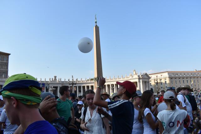 De Vaticaanse obelisk (40 meter hoog)