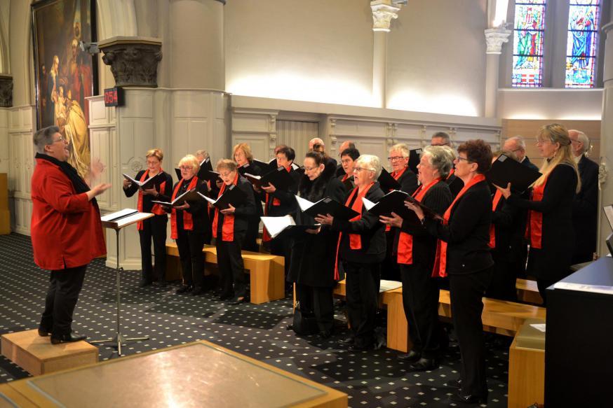 De vormelingen bij de bede om ontferming © Jan De Broeck