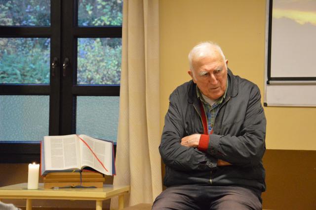 Jean Vanier op dekensessie Orval 2014 © Bisdom Gent, foto: Karel Van de Voorde