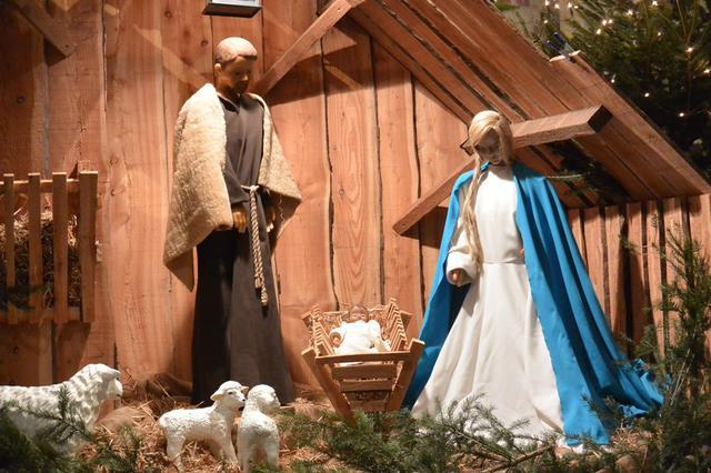Kerststal kerk Beerst