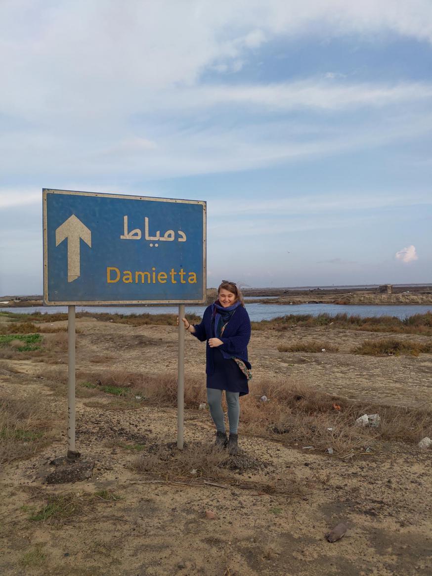 Barbara Mertens komt aan bij Damietta, de stad waar de heilige Franciscus 800 jaar geleden in volle kruistocht de sultan ontmoette © Barbara Mertens