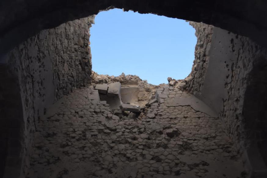 Interieur van de vernielde kathedraal van de Heilige Redder (Gazantchetsots) in Sjoesji © Jakob Kürüm
