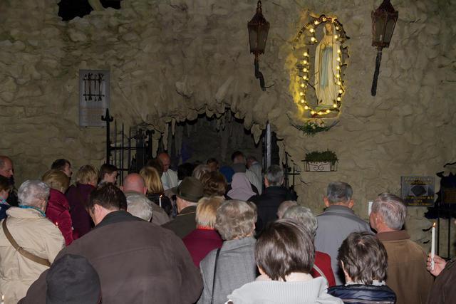 Opening van het bedevaartseizoen in de Basiliek O.L.V. van Lourdes in Oostakker © Daisy Decraene