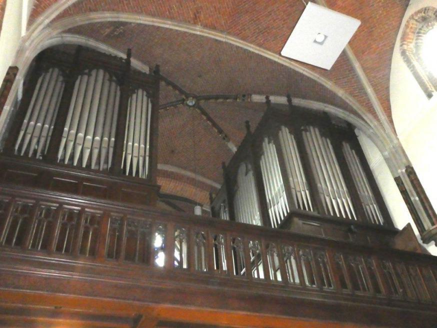 Orgelkast met pijpen. Het Schyvenorgel telt 1450 pijpen