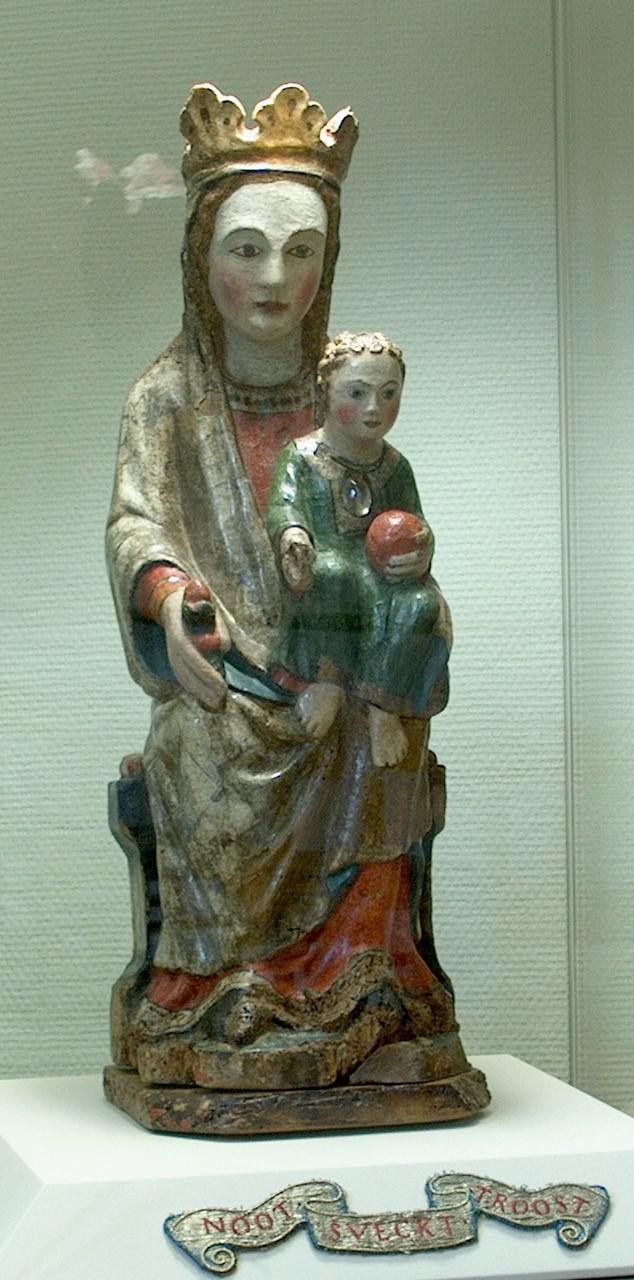 Het beeldje met het opschrift 'Nood zoekt Troost' is erg geliefd in de Troostkerk.  © Jan Goyvaerts