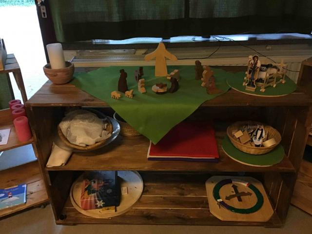 Focustafel in een klas in basisschool Het Kompas in Sint-Gillis-Waas © Anne Van Overloop