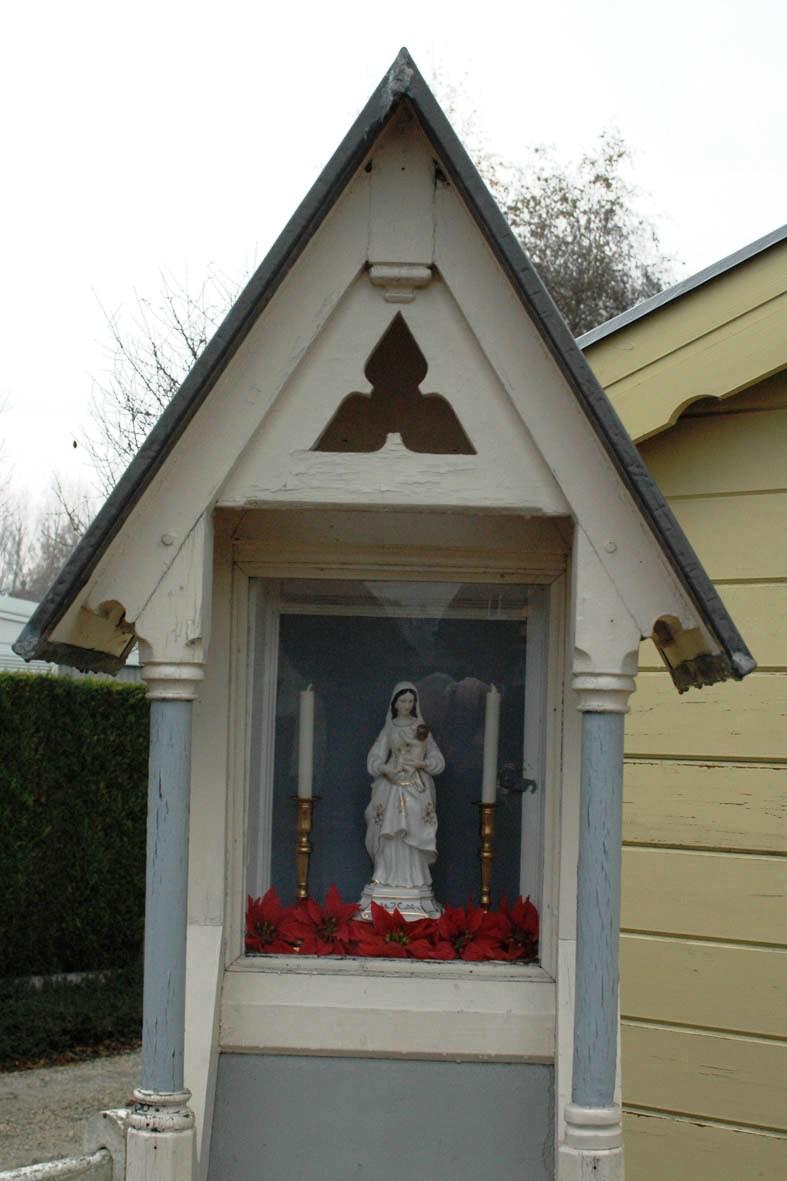 Kapel aan 't Kasseitje in de Stationsstraat te Lochristi