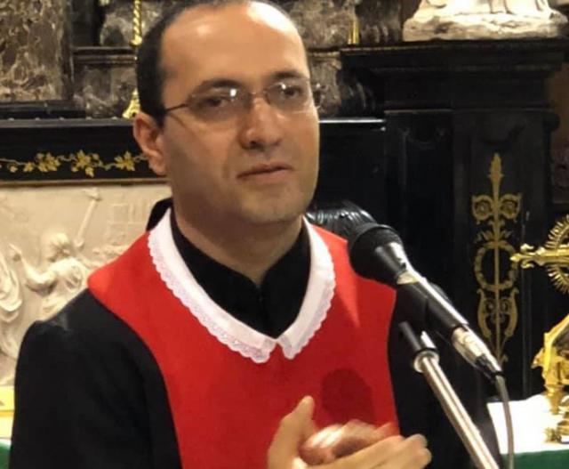 Pater Georges Lichaa, de nieuwe prior van het Libanees-maronitische klooster van Saint Charbel in Bois-Seigneur-Isaac © RR