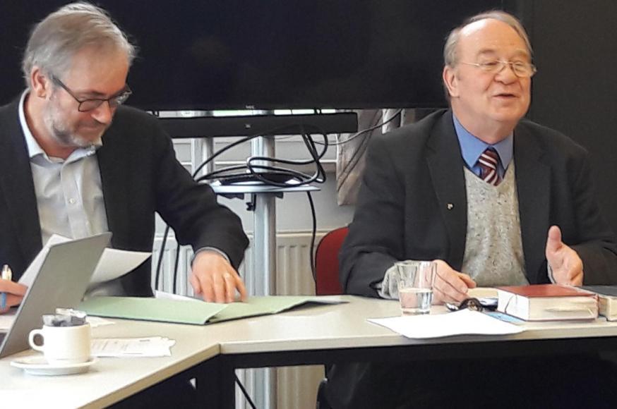 Guido Vanheeswijck en Christoph Theobald, de twee gastsprekers op de studietweedaagse van de bisschoppen in Grimbergen © Geert De Kerpel