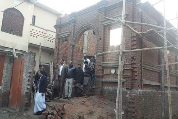 Er wordt nog volop gebouwd aan de Sint-Jozefkerk van Gujranwala in Pakistan © Ucanews