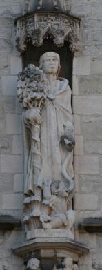 Gummarusbeeld met de wonderen van de boom, de bron en het kind