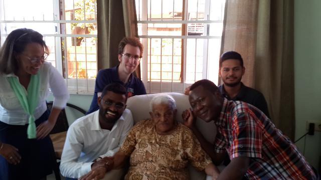 Huisbezoek bij de 99-jarige Adele