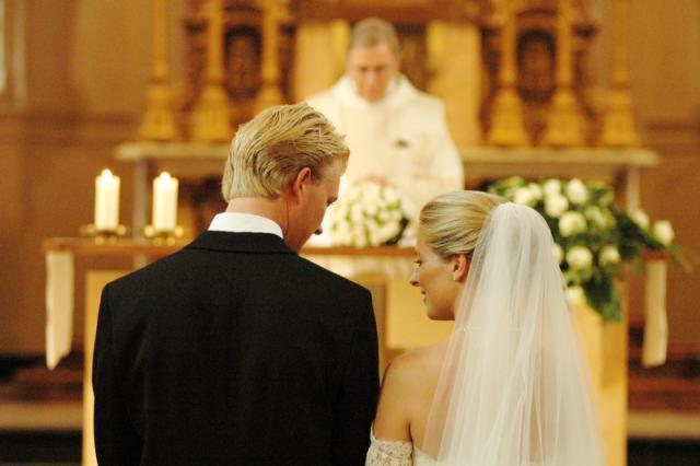 Huwelijk © Erna Nevejant