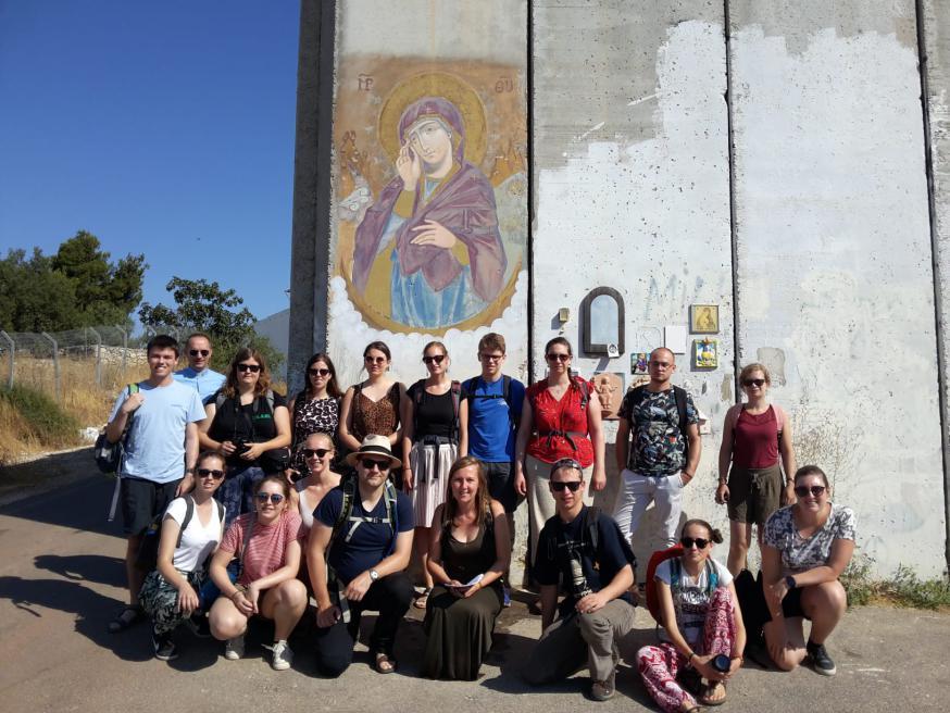 Aan de muur in Bethlehem